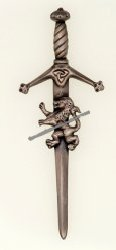 Claidhmhor with Lion Kilt Pin Antique Finish