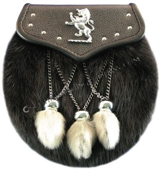 Muskrat Studded Lion Flap