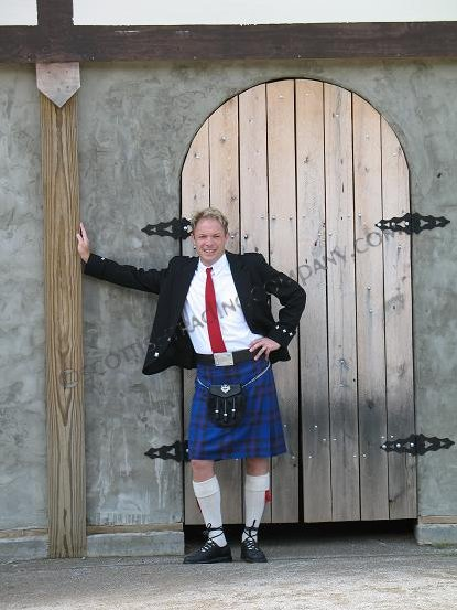 Argyll Outfit with 8 Yard 13oz Kilt