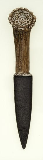 Celtic Pattern Stag Sgian Dubh Knife