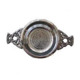 Celtic Knotwork Small Quaich with Knotwork Handle